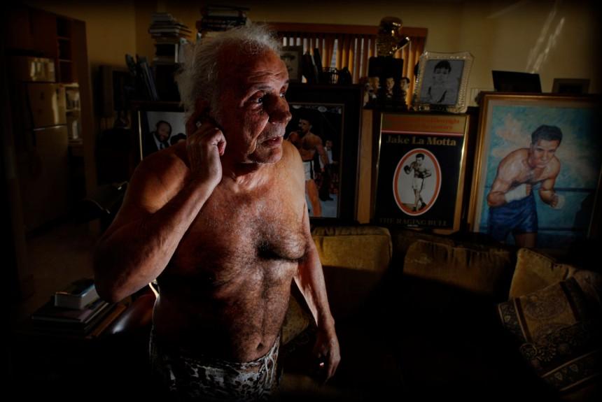 Jake La Motta ( The Raging Bull) in his apartment